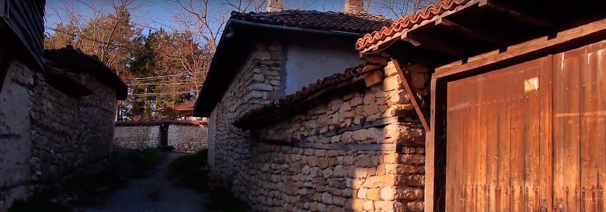 arbanasi-starinnoe-selo-bulgaria-foto
