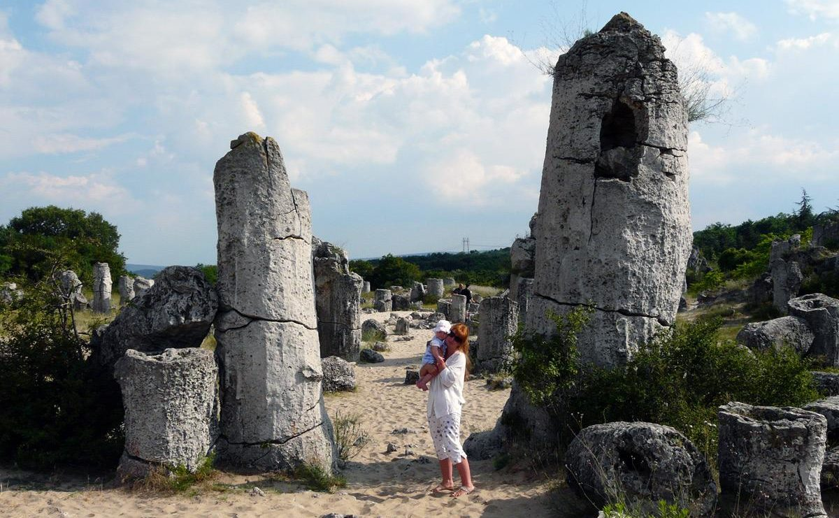 bulgaria-ehkskursii-kamennyj-les